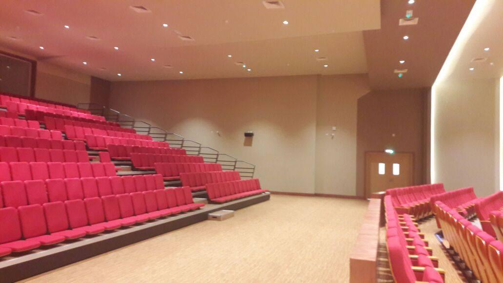 Auditorium for abu dhabi international school for Hispano international decor llc abu dhabi